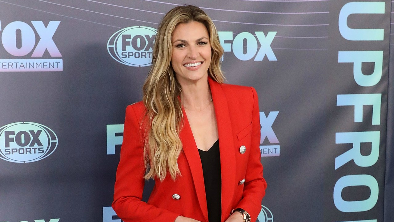 Erin Andrews Chose a Neon Green Sweater for Her First Big Game.